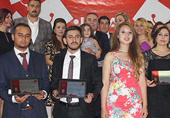 Türkiye'nin en büyük özel öğrenci yurdundan mezuniyet galası.