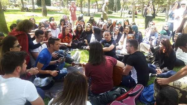 İdeal Öğrencileri Piknikte